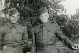Dva parašutisty, kteří proti nacistické přesile bojovali v kryptě kostela, historici…