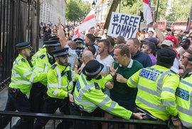 Případ Tommyho Robinsona: Jak udělat z radikálů evropské hrdiny boje za pravdu
