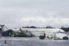 Letecký zázrak kapitána Rasmussena. S letadlem bez pohonu zachránil všechny pasažéry