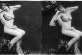 Takhle vypadaly sexy fotografie mladých žen z 20. let minulého století