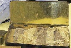 Unikátní nález: Britové objevili 103 let starou čokoládu, patřila válečnému hrdinovi