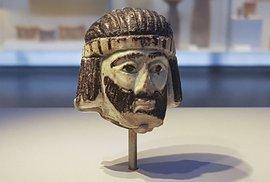 Záhadný pozdrav z minulosti. V Izraeli nalezli archeologové nádhernou sošku biblického krále starou 3000 let