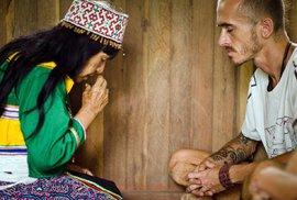 Pravá indiánská spiritualita v Peru a Mexiku? Ve skutečnosti léčitelé v indiánském provedení