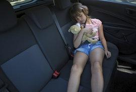 Mobilní aplikace vám připomene dítě zapomenuté v autě. Má zabránit dětským úmrtím v…