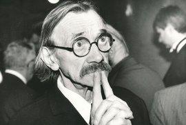 Děda Komárek, zmatený student Plha i chalupář Bohouš. Před 25 lety zemřel slavný…