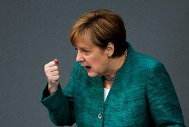 Merkelová: Proč jsem otevřela migrantům bránu do Evropy? O pomoc žádaly Rakousko a Maďarsko