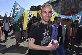 Nový český politický blok Pirátů, aktivistů, neziskovek a levicových liberálů by…