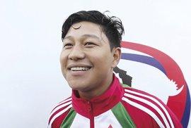 Nepálský cyklista Rádžeš Magár: Od velkého snu k velkým vítězstvím