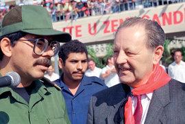 Jakešův kamarád Ortega vráži