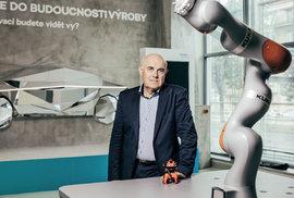 Průkopník robotizace, profesor Vladimír Mařík: Zodpovědně prohlašuji, že žádný robot dosud žádnou emoci neprokázal.