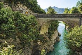 Mohutné hřebeny hor protkané křišťálovou vodou řek a potoků aneb Krásy Julských Alp očima Františka Zvardoně