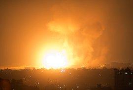 Izrael byl celou noc ostřelován raketami z palestinského pásma Gazy. Útočníci zabili tři lidi, poničili budovy