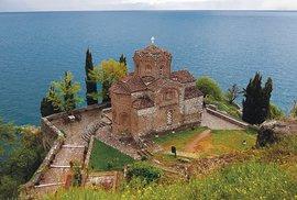 Kostelík svatého Jovana Kanejského nabřehu Ochridského jezera
