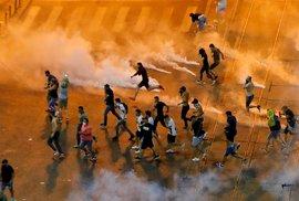 Sociální demokracie je černý mor. Rumuni celý víkend protestovali proti vládě,…