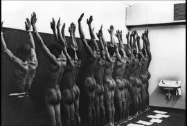 Tvrdá realita jihoafrického apartheidu očima černošského fotografa
