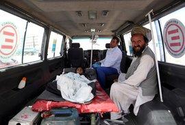 Peklo v zemi věčného konfliktu. Při bojích v Afghánistánu loni zemřelo nejvíce …