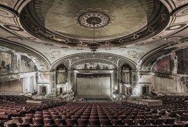 2. Divadlo v Severní Americe