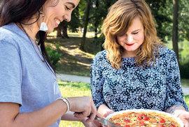 Piknik pro 21. století: Lovecká kratochvíle se proměnila v trend. Jíst venku je sexy