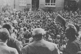 """Jednání 14. mimořádného, """"vysočanského"""" sjezdu KSČ v roce 1968."""