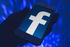 Frustrace a manipulace na sociálních sítích. Kde se berou odborníci na všechno a…