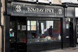 """Tvrdí se, že v Londýně včetně jeho předměstí (oblast označovaná jako """"Greater London"""") je dnes více indických restaurací než v Bombaji a Dillí dohromady."""