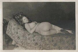 Nejstarší dochované fotografie amerických prostitutek pochází z roku 1892.