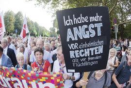 Němečtí umělci sestavují seznam odpůrců imigrace. Vyzývají k udávání problémových Němců za odměnu