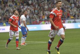 Dmitrij Poloz vstřelil pátý gól Rusů