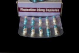 Vědci zjistili, že klíčová složka antidepresiv radikálně zvyšuje rezistenci bakterií…