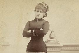 Burleskní tanečnice z konce  19. století