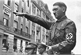 Skandál v Německu: Důstojníci policie vyhrožovali právničce zabitím dvouleté dcery, sdíleli fotky Hitlera
