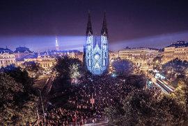 Signal festival v noci opět rozzáří Prahu. Upozorní na stádnost a ukáže nadějné…
