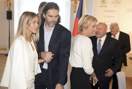 Na hradě se sešli i Jaromír Jágr a Kateřina Neumannová