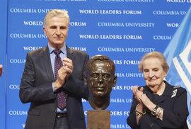 Madeleine Albrightová: Jen v Americe se může uprchlík stát ministrem zahraničí