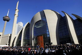 Nová obří mešita v německém Kolíně nad Rýnem