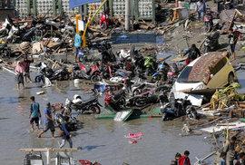 Indonésie hlásí už 832 potvrzených mrtvých po zemětřesení a cunami. Číslo zdaleka není konečné