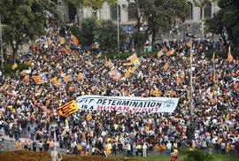 Španělsko dnes volí. Vyhraje feministický premiér, nebo zeď na hranicích? Online od…