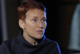Vrazi Kuciaka možná zabili mnohem víc lidí, politici a zločinci jsou propojení i v Česku, tvrdí Pavla Holcová