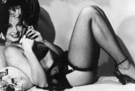 Lili St. Cyr: Královna striptýzu, která se několikrát pokusila dobýt Hollywood. Její snímky dodnes oslňují