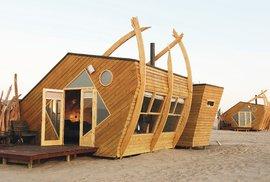 Shipwreck lodge: Hotel na Pobřeží koster ve tvaru lodních vraků