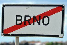 "Babišovi po Praze sebrali i Brno. ""Je to kampaň,"" tvrdí a s platností od prvního listopadu Brno zrušil"