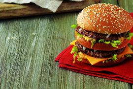 Rakouské restaurace McDonald's budou nyní miniambasádami pro Američany v nesnázích