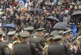 Vojenská přehlídka uspořádaná ke 100. výročí vzniku Československa se konala 28. října 2018 v Praze na Evropské třídě.