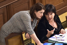 Nejúčinnější antikoncepce se jmenují Maláčová a Schillerová. Zn.: S námi vyděláte 80…