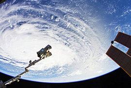 Takové záběry jste z vesmíru ještě neviděli. NASA natočila video na kameru s rozlišením 8K