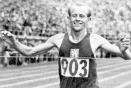 Kontroverzní běžec Emil Zátopek: Komunisty jednou tvrdě podrazil, později už je velebil. Měl z nich strach?
