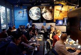 Novináři sledovali přistání sondy InSight na Marsu (26. 11. 2018)
