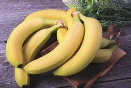 Evropská unie narovná po okurkách i banány. Pak přijdou na řadu hokejky