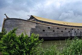 Důkaz existence Boha? Holanďan postavil repliku Noemovy archy a popluje do Izraele