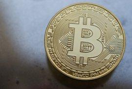 Bitcoin spadl. Ve skutečnosti se mu ale nikdy nedařilo víc. Jak to s ním dnes doopravdy je?
